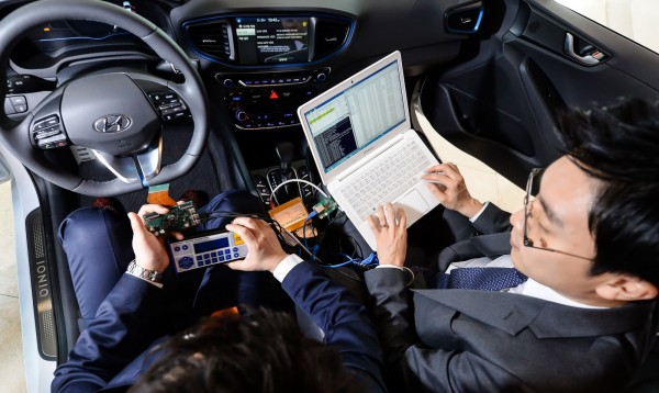 Hyundai Cisco Connected Car Project