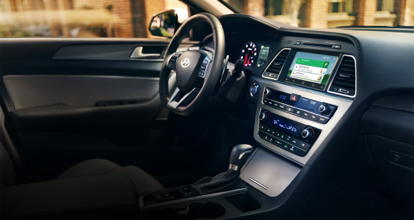 Hyundai in-dash touchscreen navigation