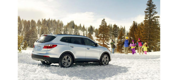 Hyundai Tucson in snow