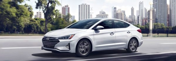 2020 hyundai elantra driving through the city